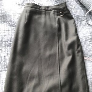Vintage Midi Pencil Skirt in Hunter green